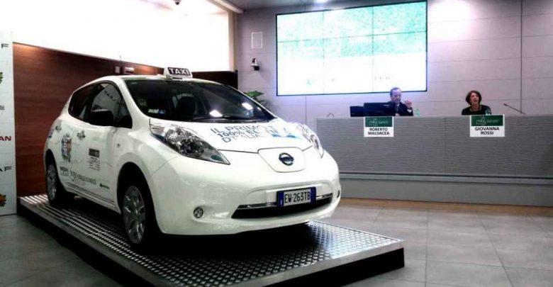 Nissan_Leaf_Taxi_Elettrico_Roma
