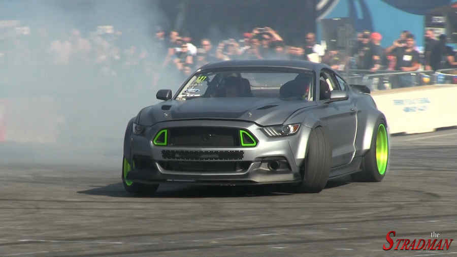 Photo of Ford Mustang RTR 2015