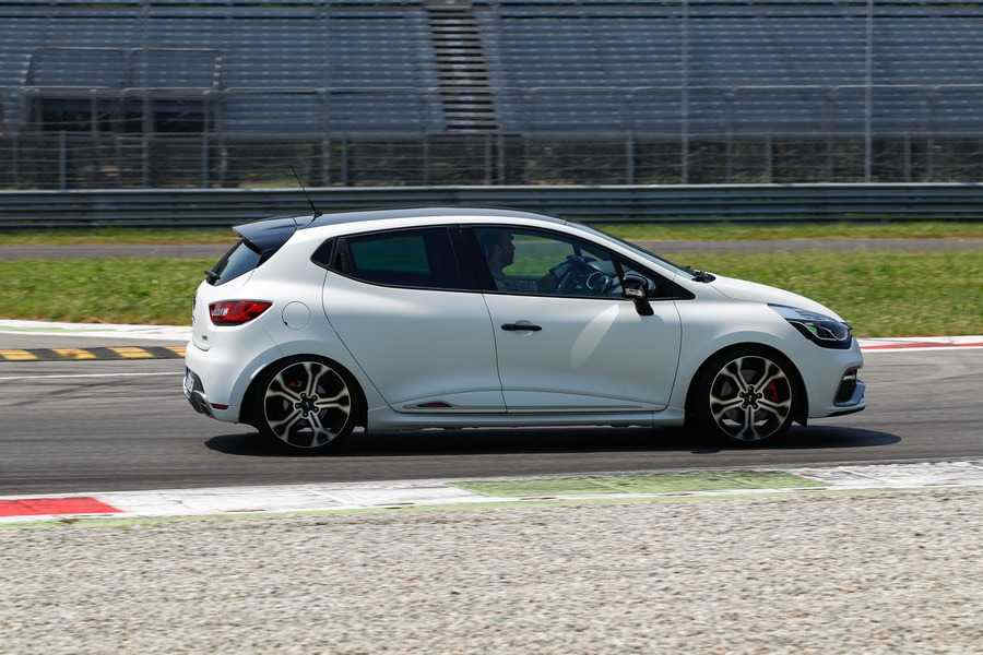 Renault Sport Clio RS 220 Trophy Laterale Monza