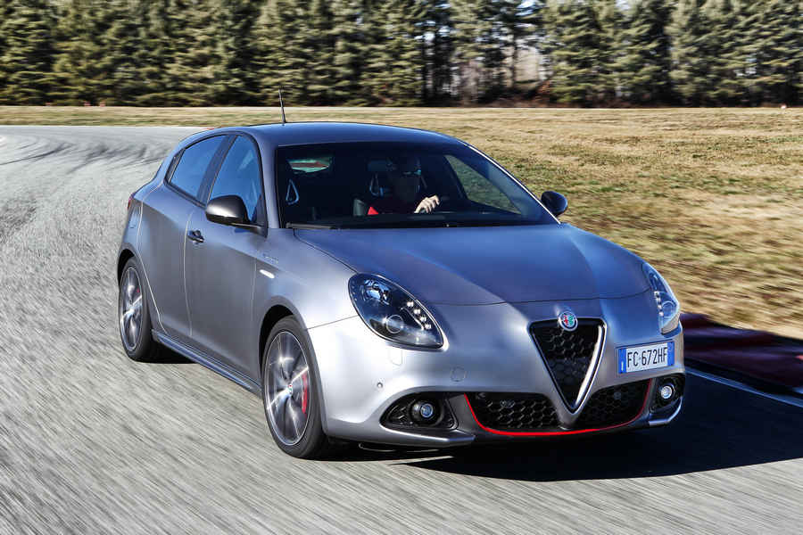 Photo of Foto nuova Alfa Romeo GIULIETTA