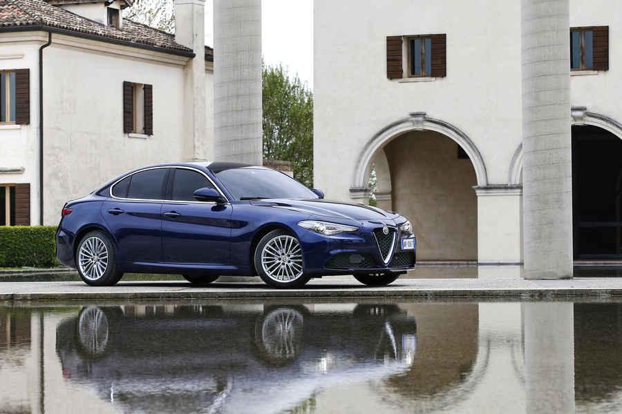 Alfa-Romeo-Giulia-14
