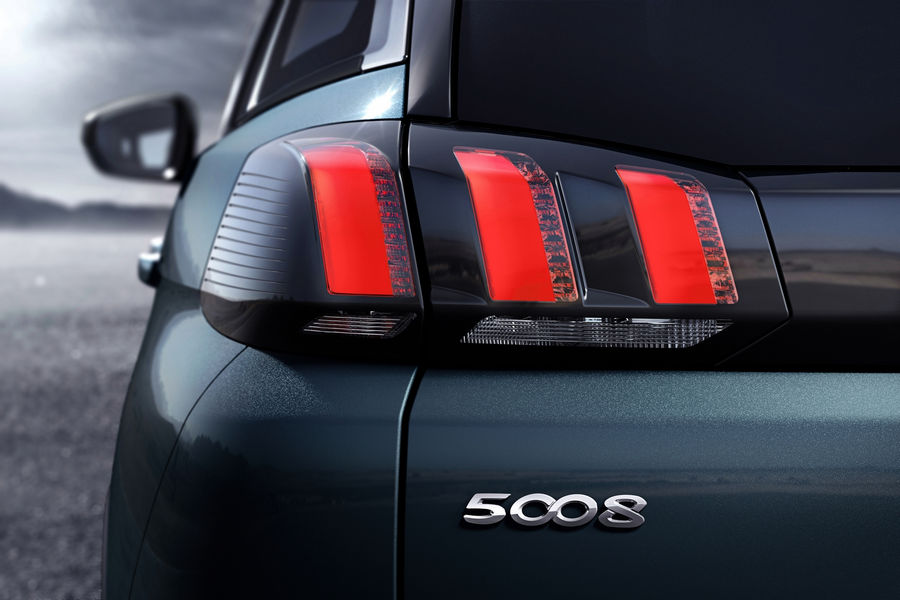 Nuova-Peugeot-5008-2