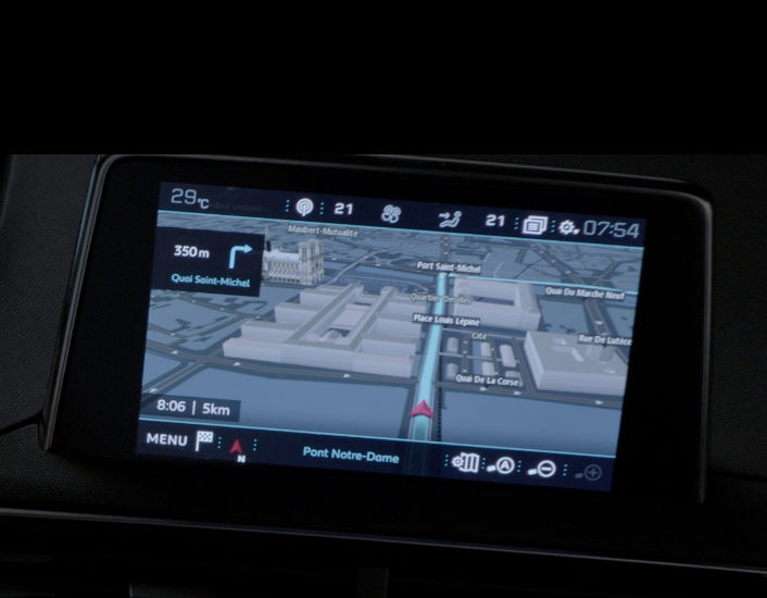 peugeot-208-3d-connected-navigation-3