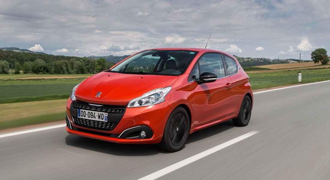 Photo of Peugeot 208 3D Connected Navigation