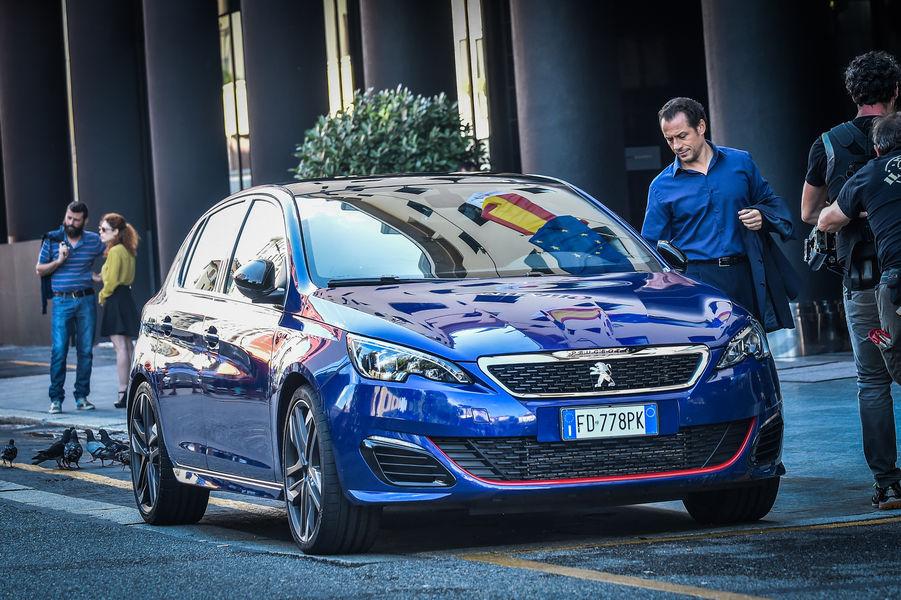 Photo of Peugeot #sensationdriver Con Accorsi