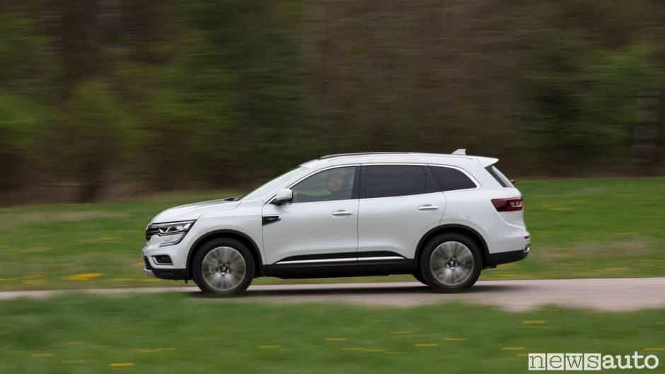 Renault_Koleos_2017_02