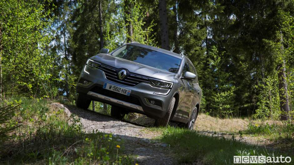Renault_Koleos_2017_07