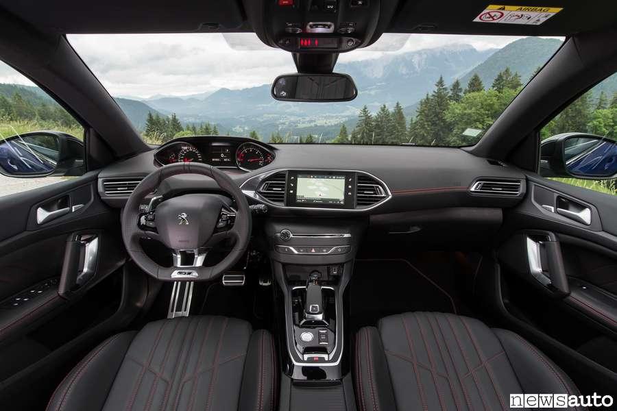 Peugeot i-Cockpit nella nautica nuova Peugeot 308