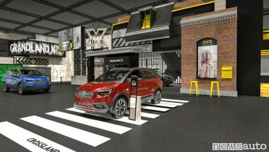 Photo of Opel stand X-Ville al Salone di Francoforte