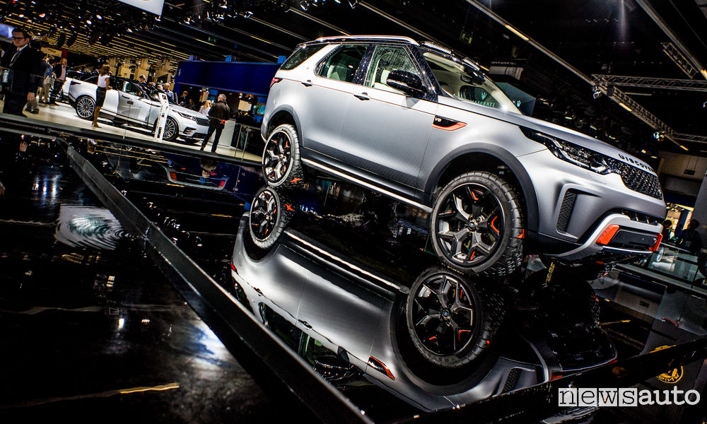Photo of Pneumatici concept Goodyear sulla Land Rover Discovery SVX