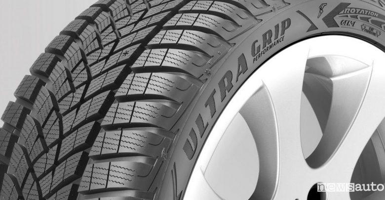 Test pneumatici invernali Goodyear e Dunlop