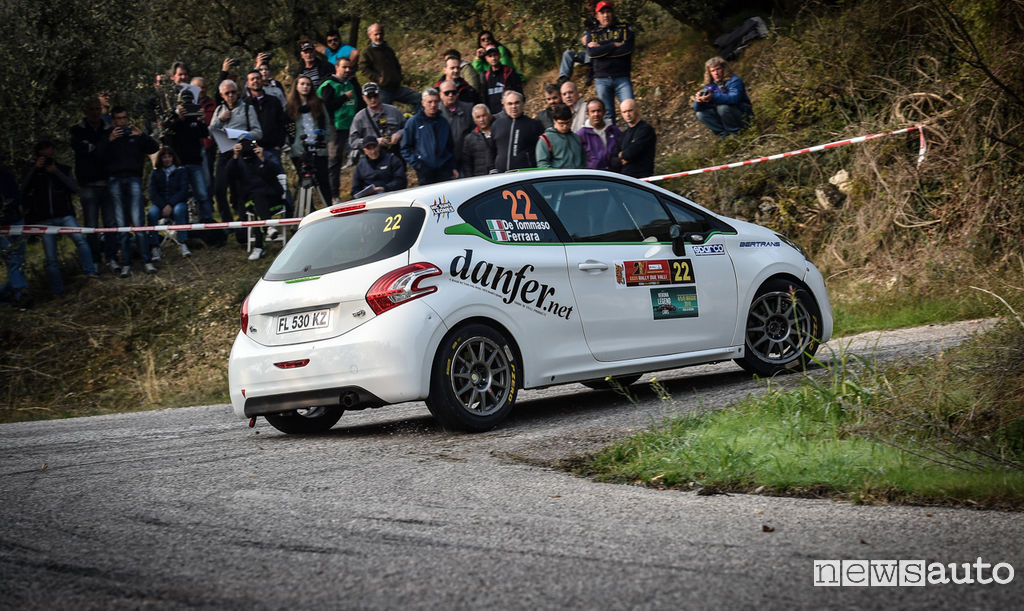 Peugeot Competition TOP 208 De Tommaso