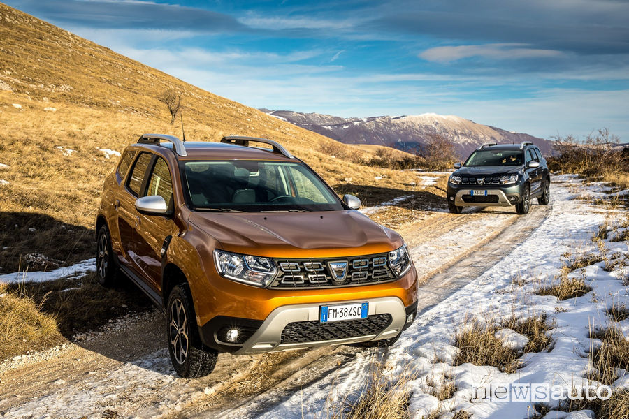 Dacia Duster Gpl, la prova: come va, allestimenti e prezzi ...