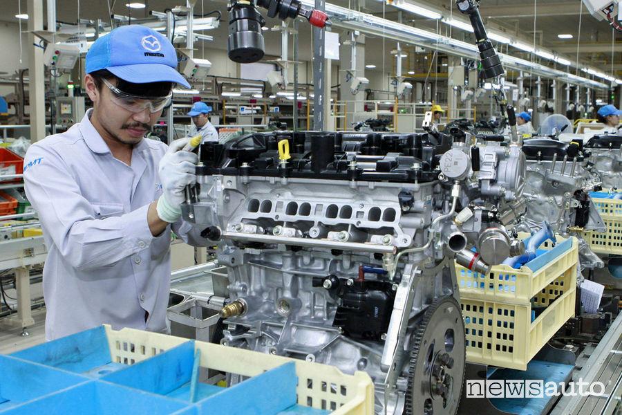 Nuovi Motori Mazda Skyactiv Thailandia per riduzione inquinamento dell'aria