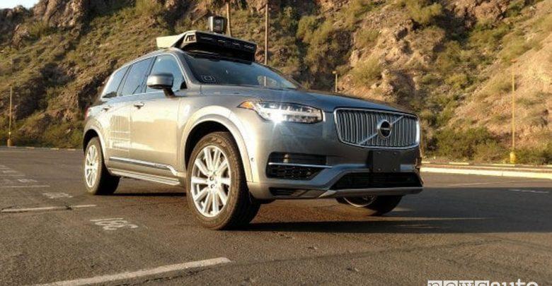 Volvo XC90 Uber guida autonoma test guida autonoma Italia