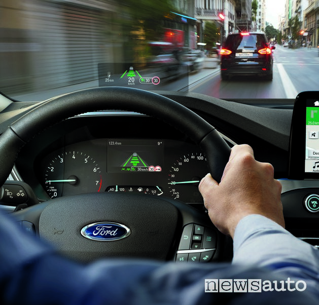 Cruise control adattivo Ford Focus 2018