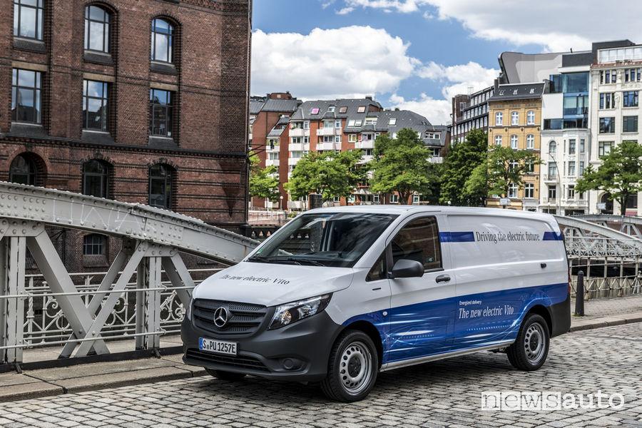 Veicoli commerciali Mercedes elettrici eVITO