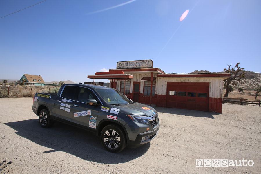 Viaggio California Honda Ridgeline Lancaster set cinematografico