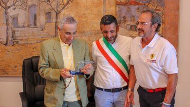 Ingegnere Nicola Materazzi a Torraca con il sindaco