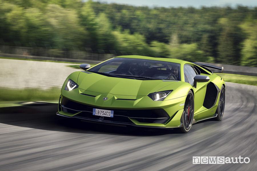 Lamborghini_Aventador SVJ vista frontale