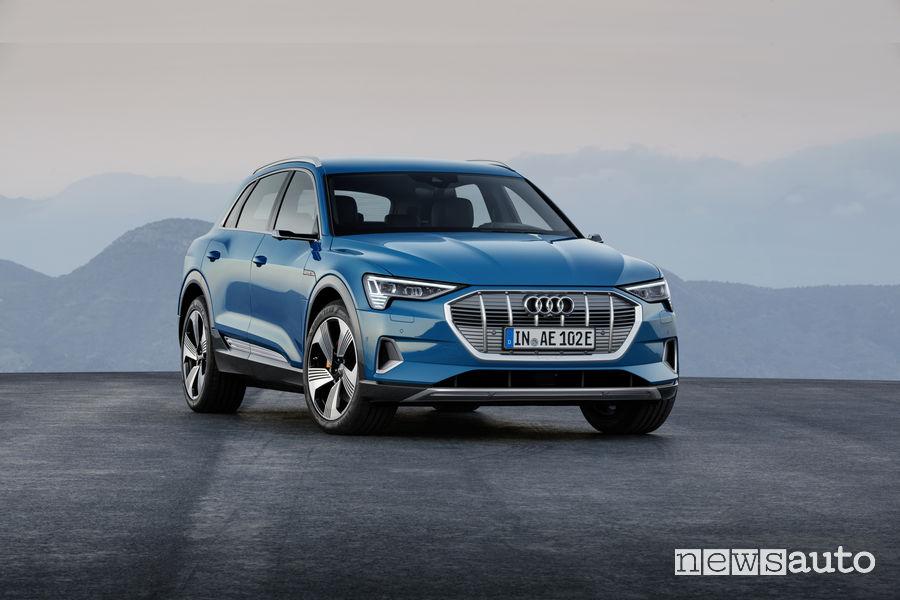 Audi e-tron blue, vista frontale