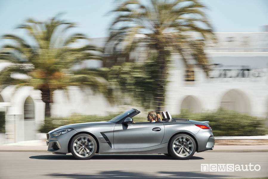 Nuova BMW_Z4 2019, vista laterale