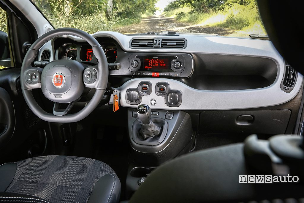 Fiat Panda City Cross interni