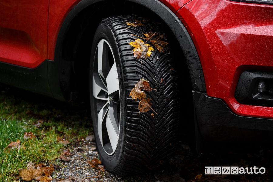 Cambio pneumatici invernali Michelin CrossClimate 4 stagioni
