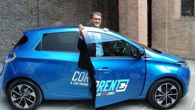 """Photo of Car sharing a Bologna, come funziona """"Corrente"""" con auto elettriche ZOE"""