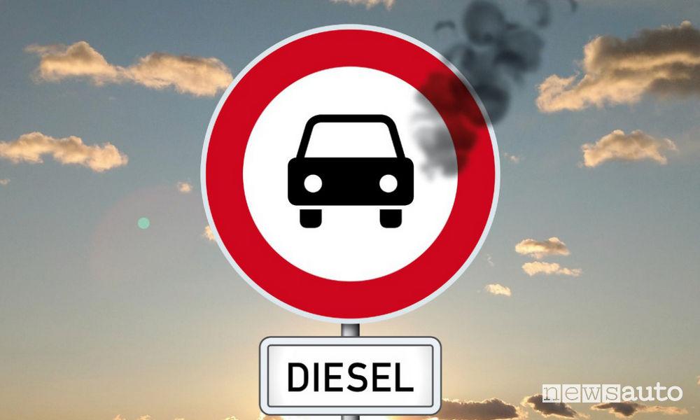 Blocco traffico a Roma auto diesel Euro 6