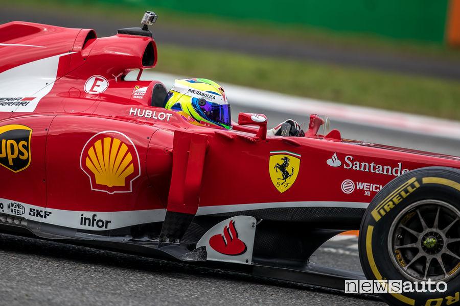 Stemma Ferrari a forma di scudo
