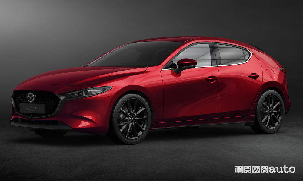 Nuova_Mazda3 hatchback, vista di profilo