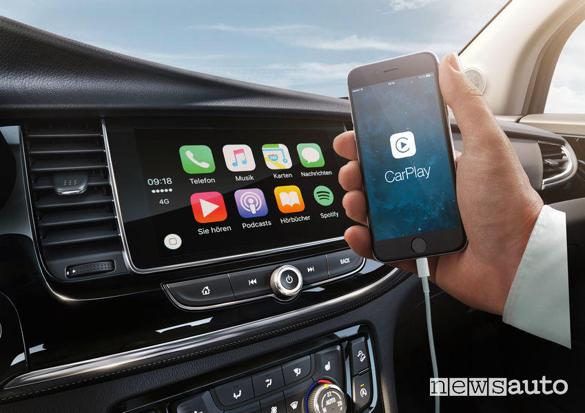 Apple Car Play su Opel Insignia