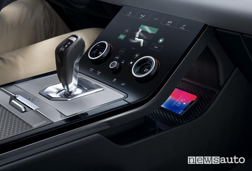 Range Rover_Evoque 2019, comandi touch del clima