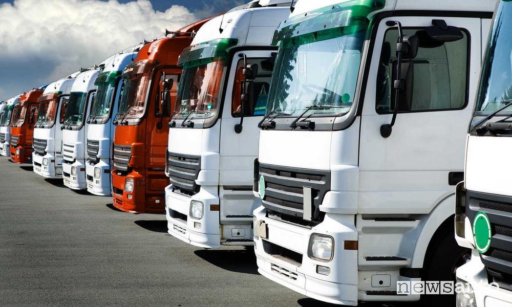 Emissioni camion e autocarri