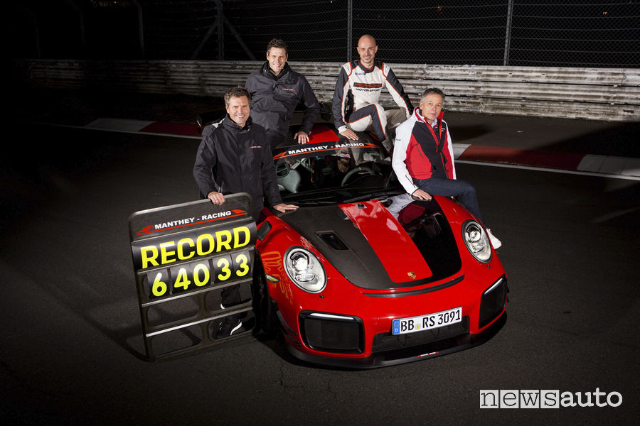 Porsche_911 GT2 RS MR record al Nürburgring 6:40.33