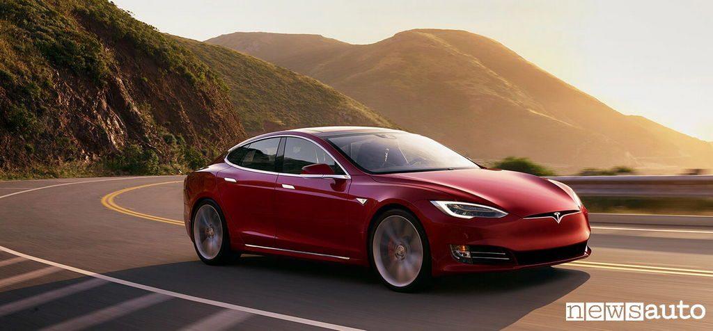 10 auto elettriche più vendute in Italia Tesla Model S