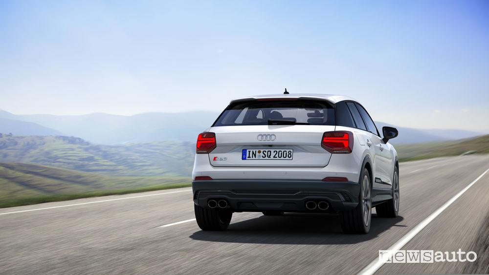 SUV sportivo Audi SQ2, vista posteriore