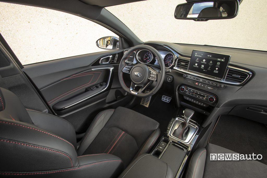 Kia Proceed GT 2019 22 interni