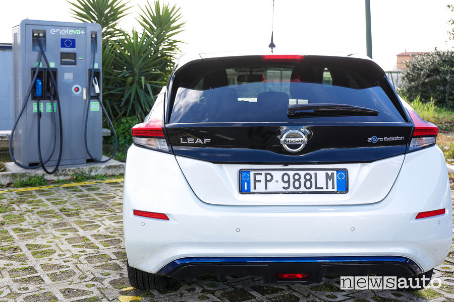 Nissan Leaf ricarica veloce EVA+