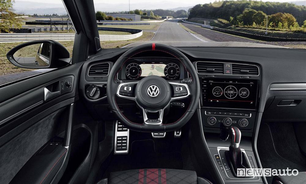 Volkswagen Golf GTI TCR Pure Grey, abitacolo
