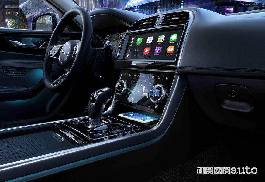 Jaguar XE 2019, sistema di infotainment