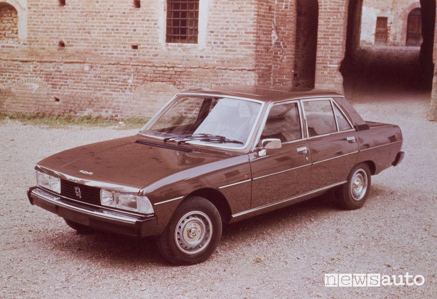Peugeot 604 1975, vista di profilo