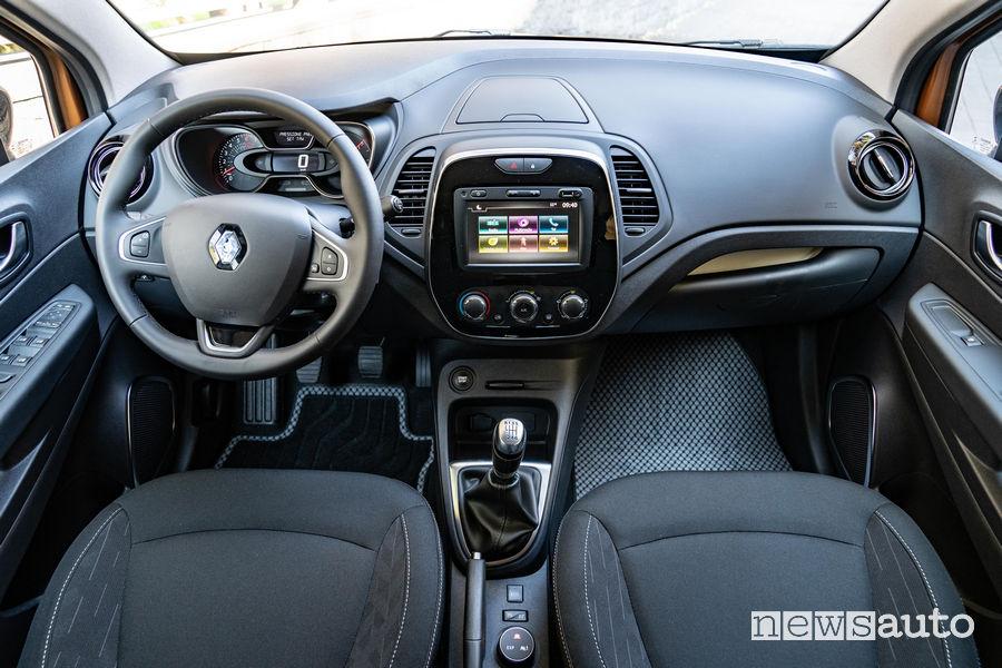 Renault Captur Sport Edition 2019, plancia strumenti