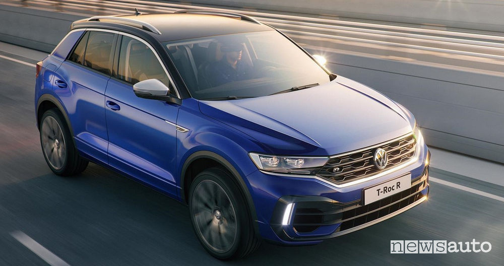 Volkswagen T-Roc R, vista di profilo