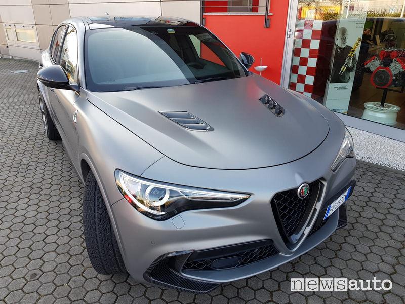 Alfa Stelvio Quadrifoglio NRING Romeo Ferraris, vista frontale