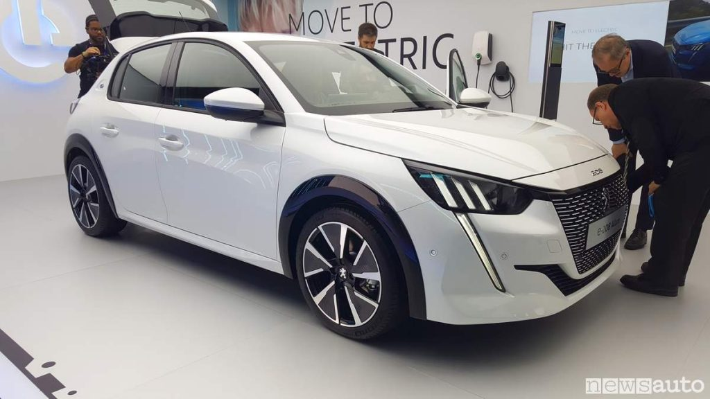 Auto elettriche Ginevra 2019 Peugeot e-208