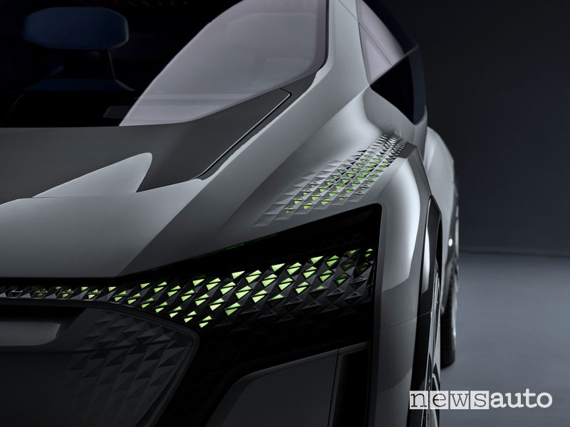 Audi AI:ME illuminazione esterna guida autonoma