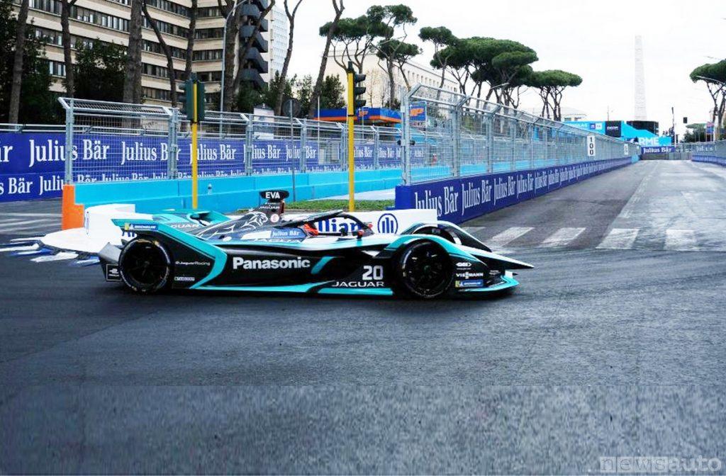 La Jaguar di Mitchell Evans vincitore all'ePrix di Roma Formula E 2019
