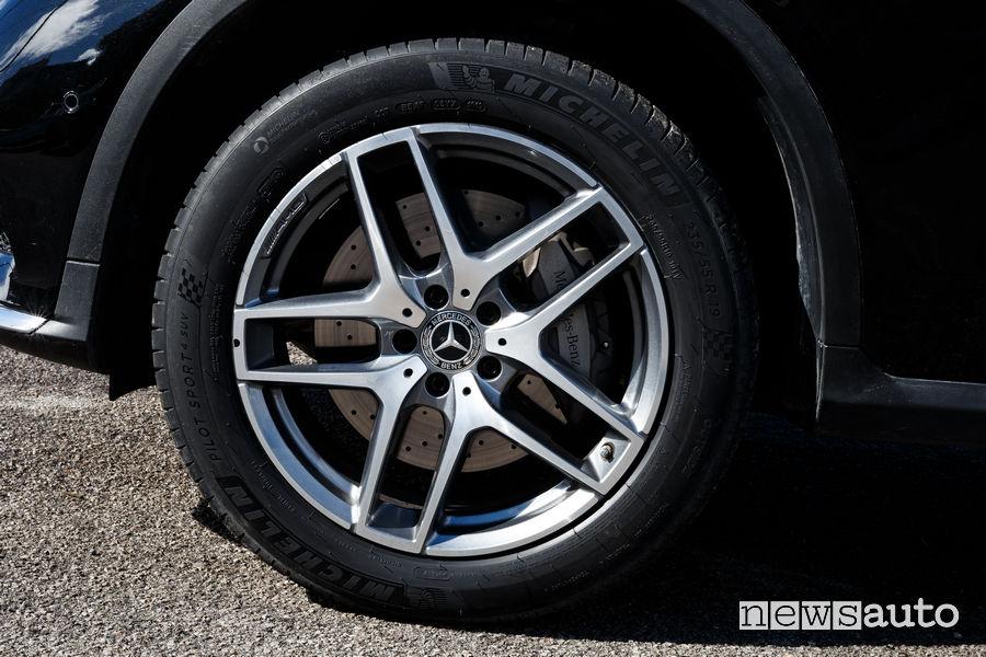 Michelin Pilot Sport 4 SUV 235/55 R19 su Mercedes-Benz GLC 350 e